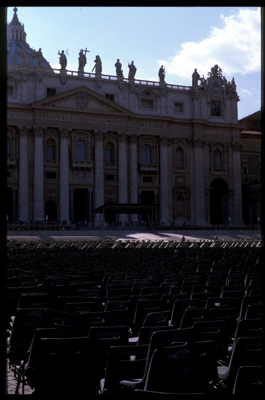 15_stpeters_square2