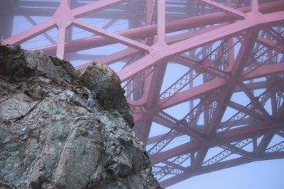 bridgeinhighmist.jpg