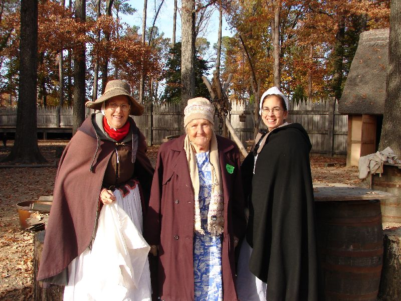 Day 91 - Jamestown Stlmt, Francis &#38; Eileen &#38; Mom