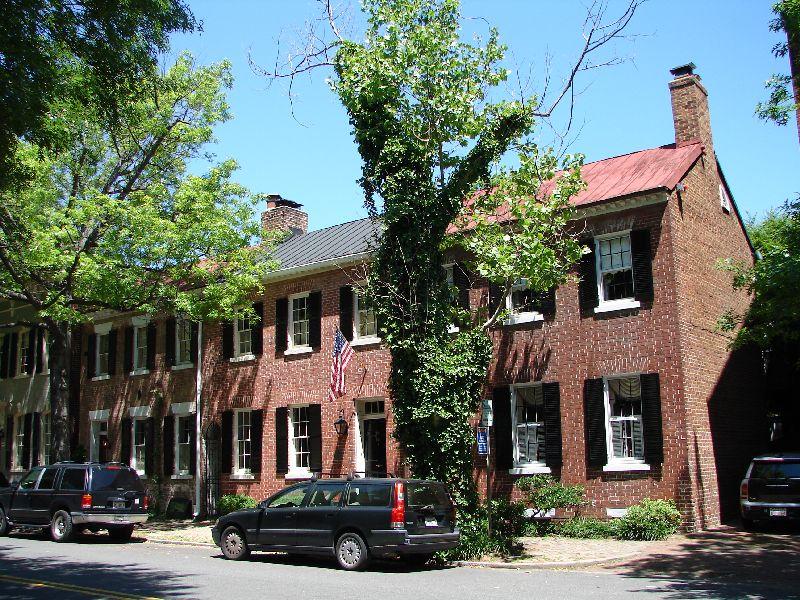 Reuben Johnston Houses on Royal S