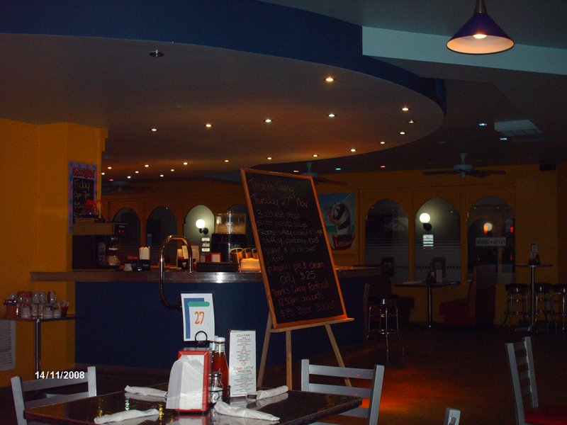 Ecletic Diner on Grace Bay Road