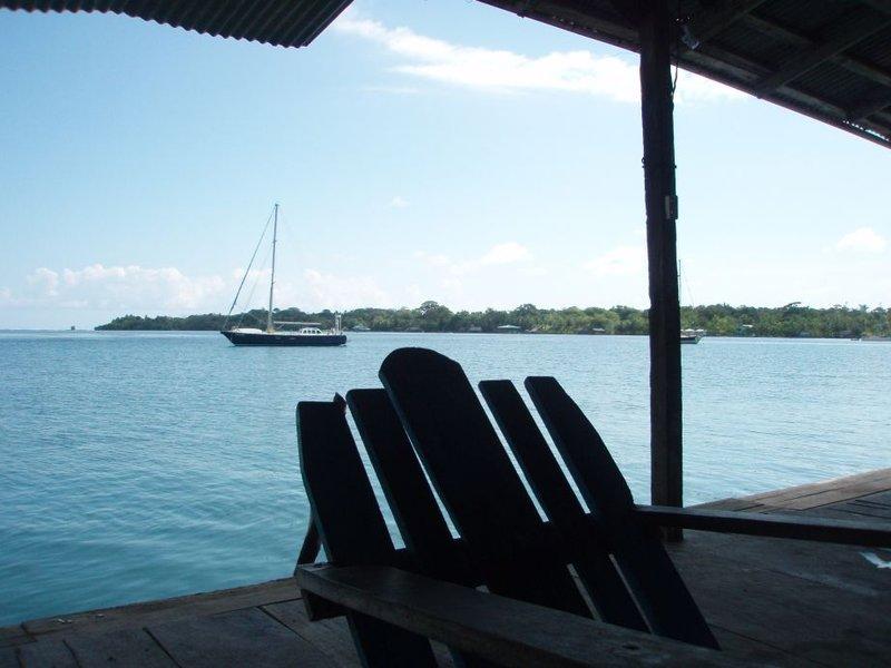 Bocas del Toro - hosteli bäkkjaard