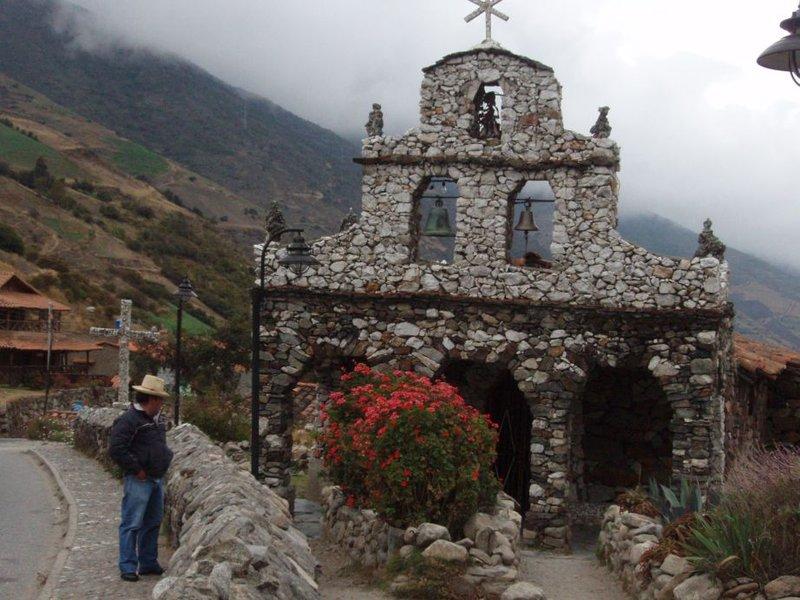 Merida - kividest laotud kirik