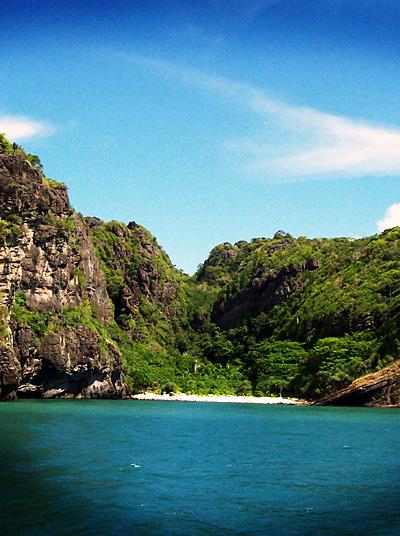 tarutao wild beach