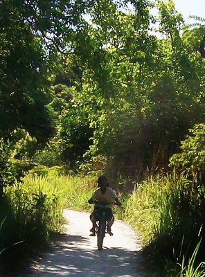 koh lipe kids on bike