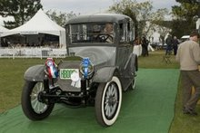 A 1914 Locomobile Berlin and the 2006 People's Choice Winner