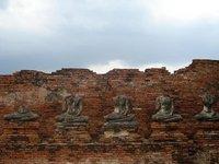 ayuthaya_temple_buddhas