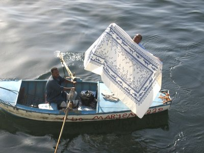 Shawling on the Nile