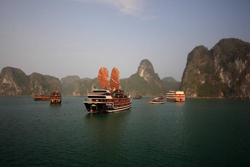 Vietnam_5_HalongBay (78)