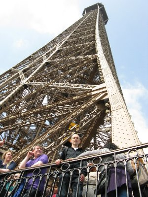 20110408_0..l_tower.jpg