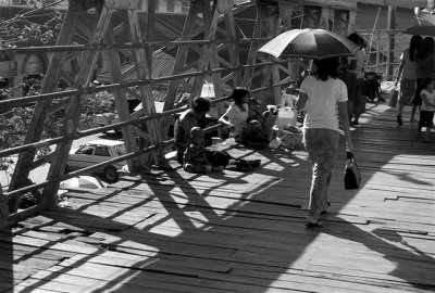 Bridge vendors