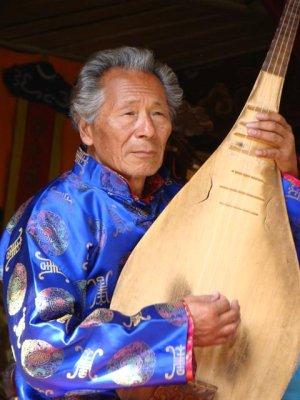Naxi artist