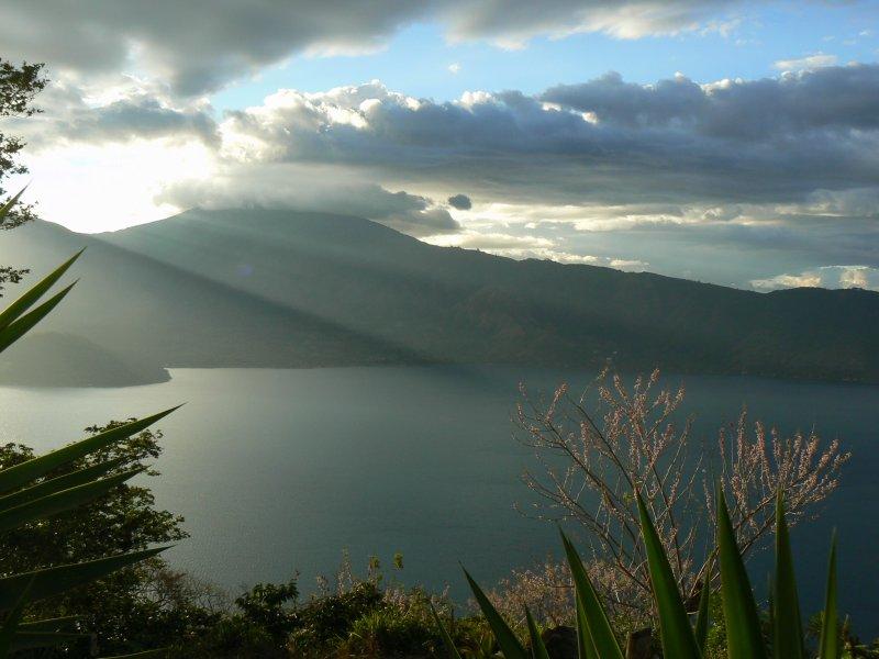 Sunset Lago Coatepeque