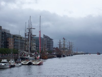 Tall ships on Dublin&#39;s River Liffey