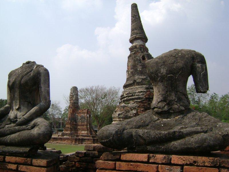 Headless Buddhas