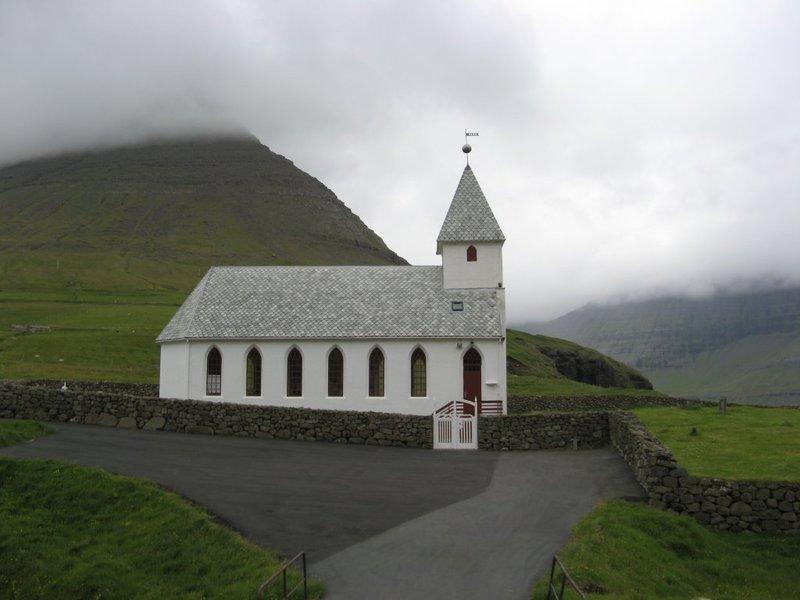 Viöareiöi Church