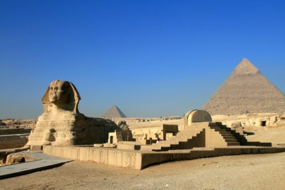 Sphinx of Giza &#38; Khafre Pyramid