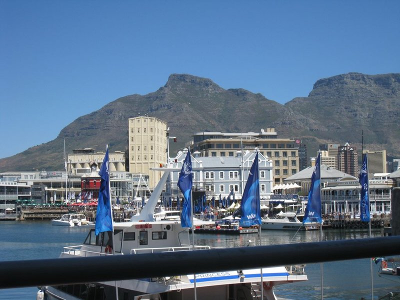 large_18Cape_Town_..24x768_.jpg