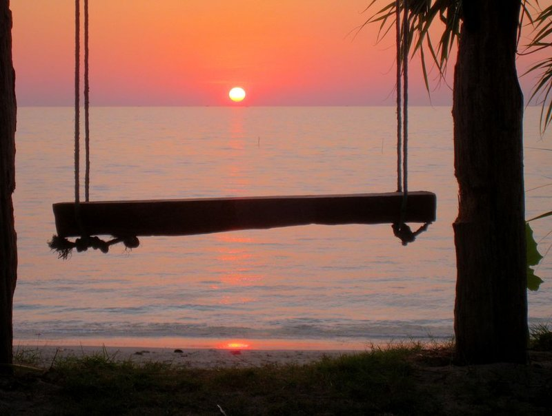 Fishermans swing sunset [1024x768]