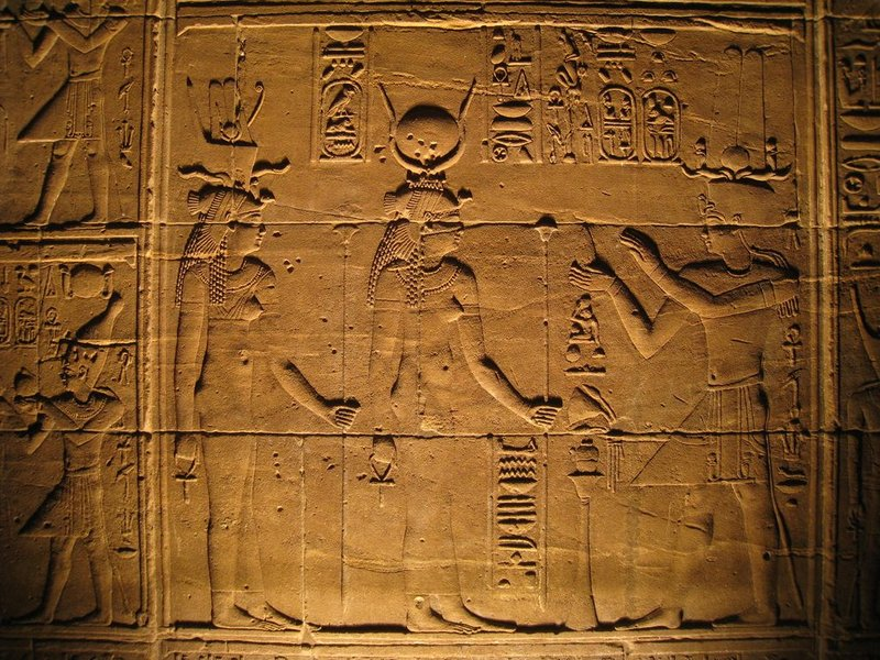 Aswan Temple Philae relief [1280x768]