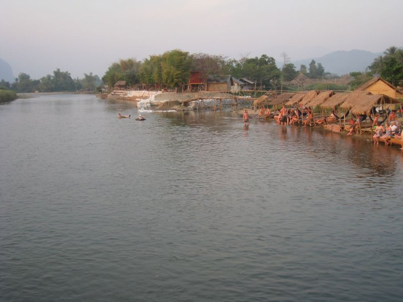 large_Laos_Vang_..24x768_.jpg