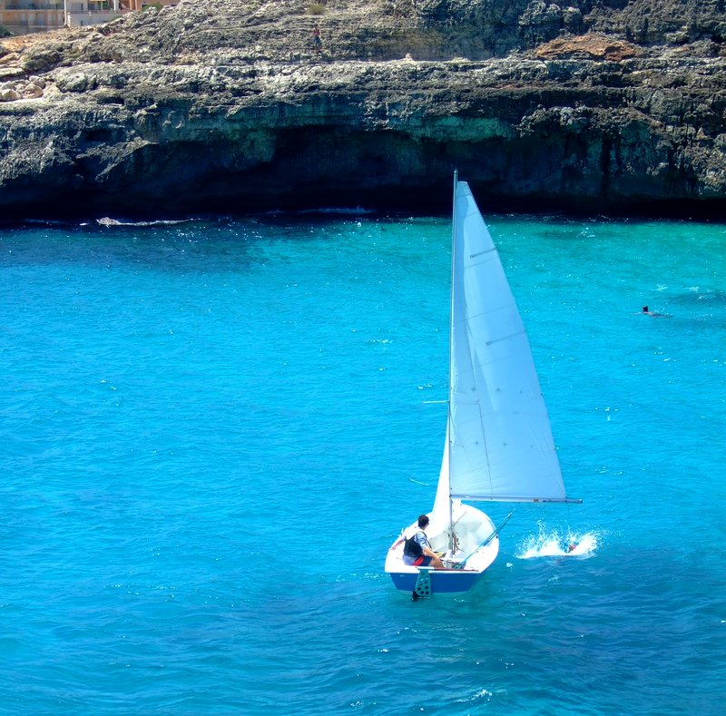 Boating in Cala Anguila