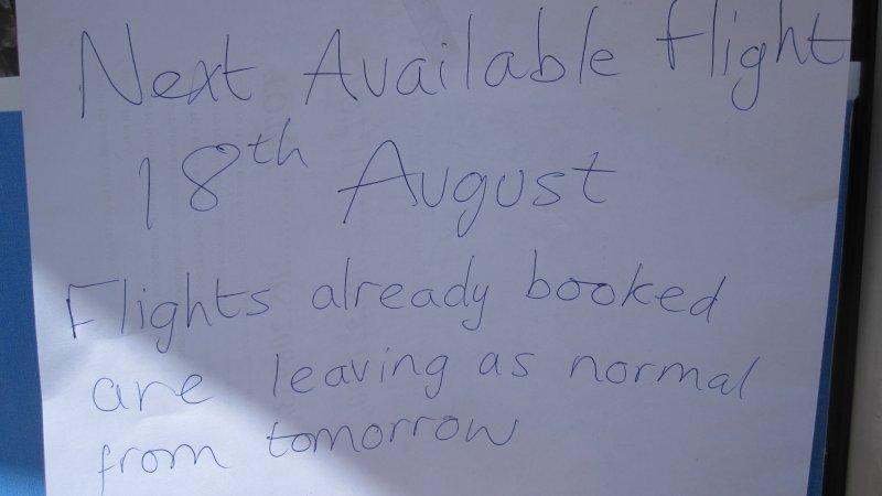 Keine Fluege raus aus Leh vor dem 18.8.10