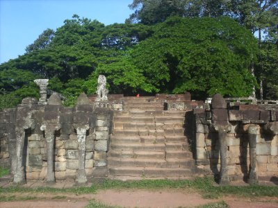 Angkor_Ele..Terrace.jpg