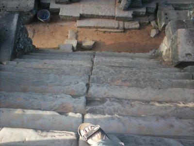 Angkor_TaKeoStairs.jpg