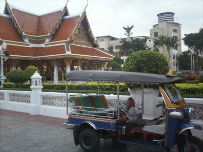 Bangkok_Tuktuk.jpg