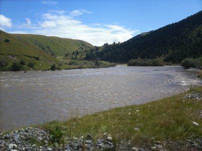 Ganzi_River.jpg