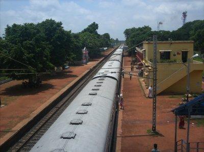 Kolkata_Train.jpg