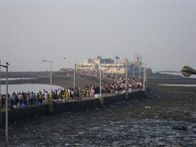 MumbaiHajiAli.jpg