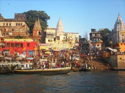 Varanasi_MainGhat.jpg