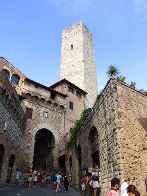 San Giminiano tower (Tuscany, Italy)