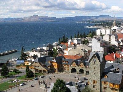 Bariloche stad en Nahual Huapi meer