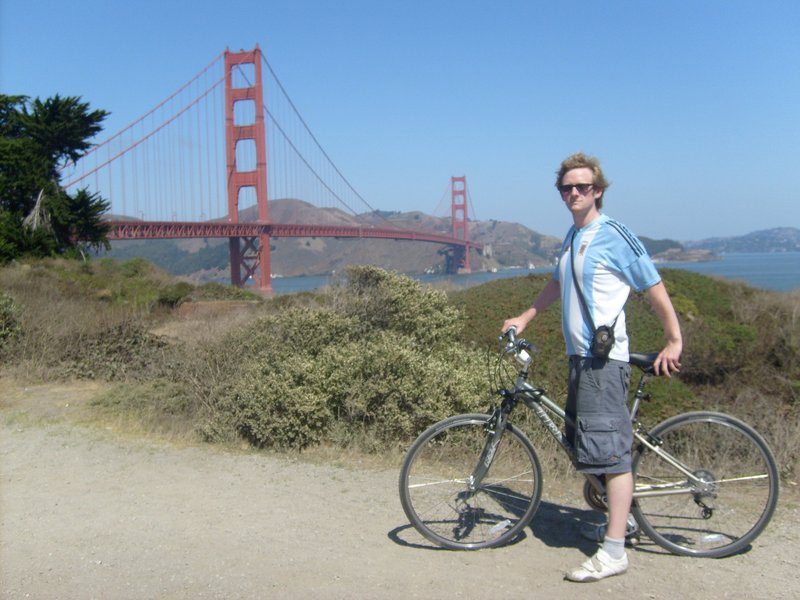 cyling over golden gate bridge