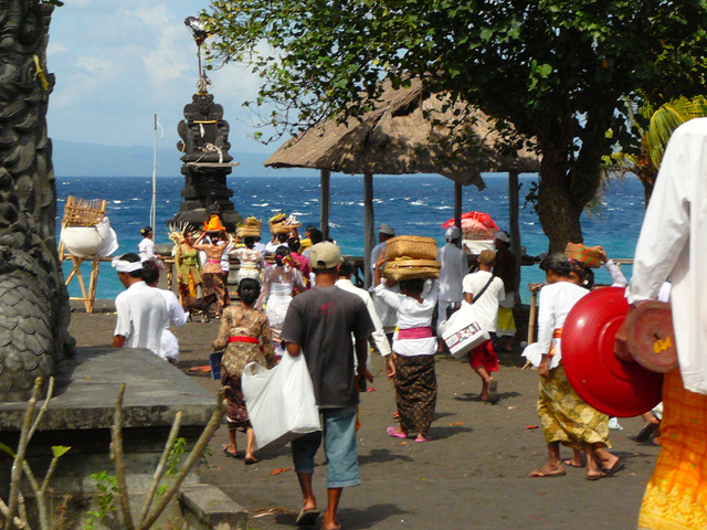 8. Hindu Worshippers in Bali
