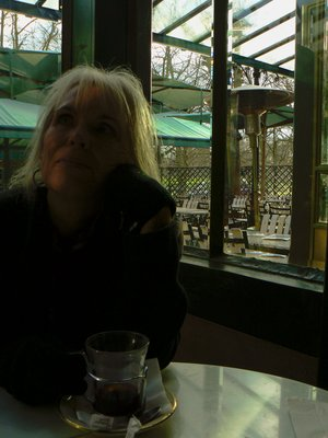 Mama in Paris