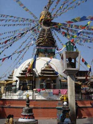 Small monkeytempel side street Kathmandu