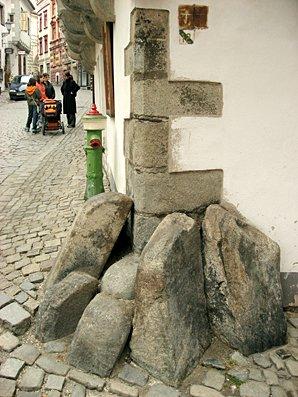 Corner stones, Cesky Krumlov