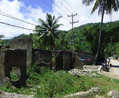 Dili crumbling ruins