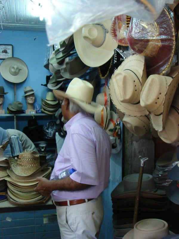 Los Sombreros