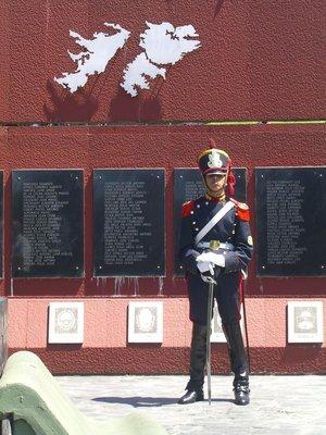 Islas Malvinas Monument