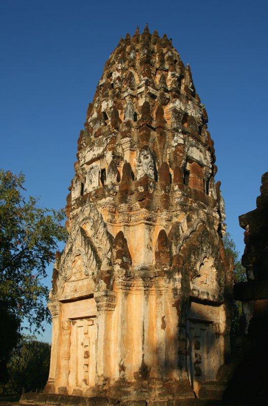 Prang at Wat Phra Phai Luang