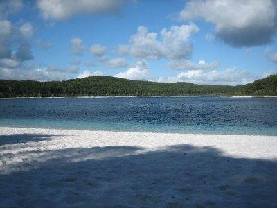 Fraser Island: Lake Birrabeen