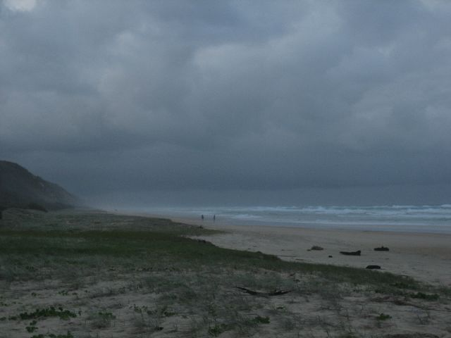Fraser Island: Storm approaching