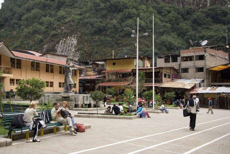 Aquas Calientese Plaza de Armasel