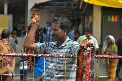chain seller