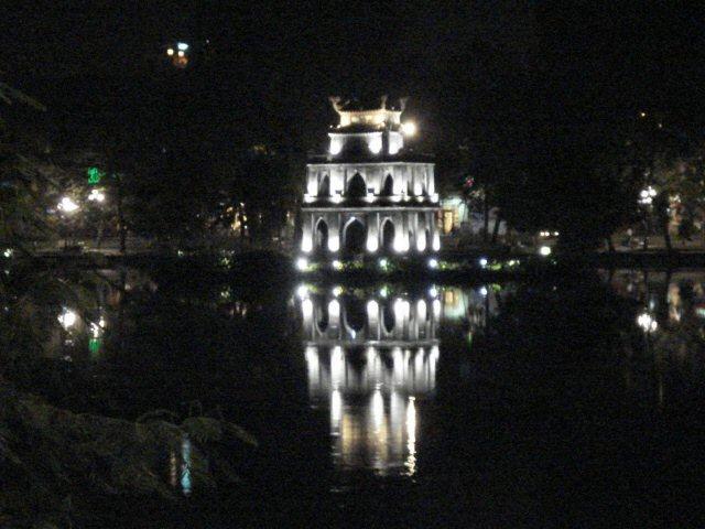 Hoan Kiem night